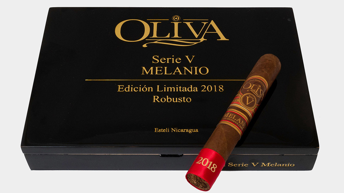 ACADEMIA DEL TABACO OLIVA SERIE V MELANIO EDICION LIMITADA 2018
